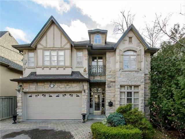 45 Wentworth Ave Toronto